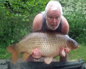 Barry Gravel with one of our MASSIVE common's (wart) @ 54lb